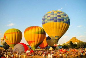 hot air balloons in Pushkar Mela