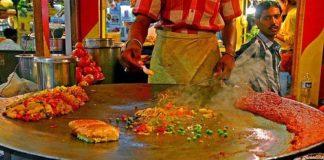 Pav Bhaji, a known street food of Mumbai